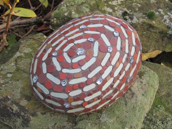 Spiral mosaic stones